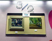 [2] 2階と3階のエントランスに鍋島正一イタリアルネッサンス技法講座の生徒作品。